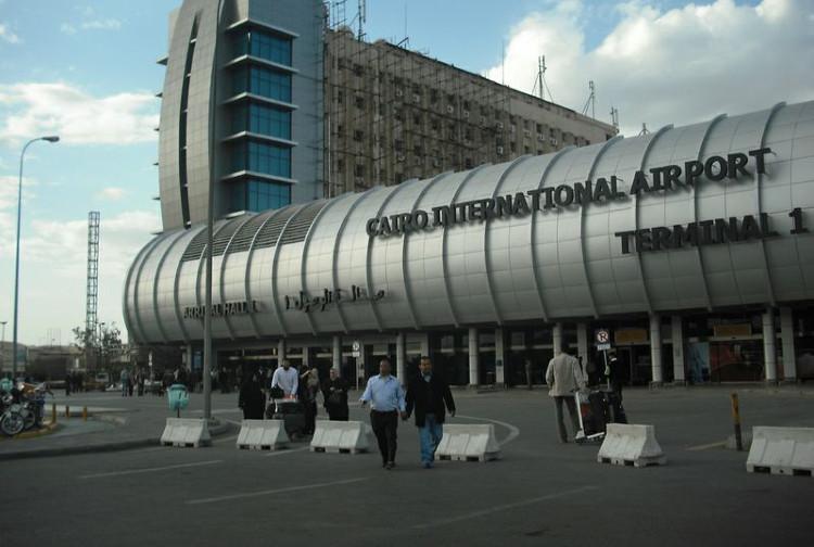 Giovane gelese fermato in Egitto, famiglia ha perso contatti: Ministero segue caso